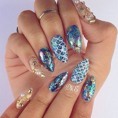 Mermaid life nails by @nailsbymiriamelizabeth1👸🐠💎 #vegas_nay #nailart #by #nailsbymiriamelizabeth1 #mermaid #gorgeous #nailart #Padgram Mermaid Nails, Cute Nails