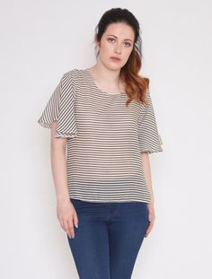 Mollie Brown frill sleeved top. Beautiful frill sleeved top with a tie that fastens into a bow at the back, handmade from a lovely cotton fabric in...