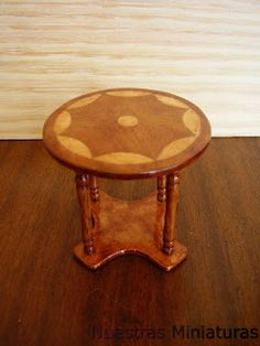 Nuestras MiniaturaS: How to do an inlay table with patterns - Spanish
