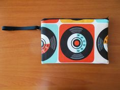 Pochette pop art style 1. www.vanessavanhandmade.etsy.com