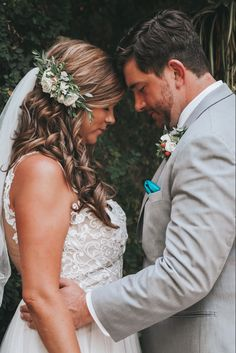 Bavaro Beach, Wedding Planner, Destination Wedding, Flower Veil, Botanical Gardens Wedding, Garden Wedding, Cinderella Wedding, Photography Editing, Messy Hairstyles