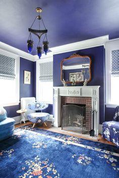 Interior design ideas by Sasha Bikoff, a modern American interior designer that elevates residential interior projects into an art form Monochrome Interior, Monochromatic Color Scheme, Colour Schemes, Apartment Color Schemes, Mansion Designs, American Interior, Purple Rooms, Room Interior Design, Vintage Design