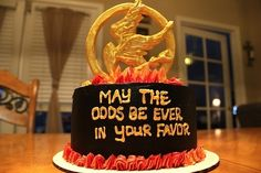 Hunger Games cake hunger-games hunger-games hunger-games