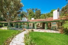 Actress Annie Potts Designed This Funky Hacienda