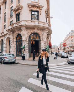"""Ajda Sitar op Instagram: """"In Paris with @yslbeauty ❤️💄 #yslbeauty #yslbeautyhotel #ysl"""""""