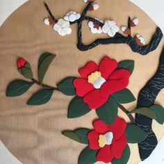 梅と椿 #japan #japantraditional #kimono #oshie #日本 #押絵 #はぎれ #手芸 #趣味 #手芸部 #師範 #和歌山 #祖母 #梅 #椿 #flower #japaneseart
