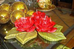 Trio de velas em diversas cores e essências, com base de folha em parafina R$ 36,30 - Adriana Bolzan Criações...