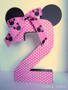 minnie mouse birthday party diy project. The blogger on this site had the same idea. She used an image from Etsy as inspiration & made this herself.  I may try the same. I already found the ribbon. Step by step instructions.