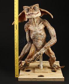 GREMLINS 2: THE NEW BATCH (1990) - Prototype Gremlin Puppet - Price Estimate: $2000 - $3000