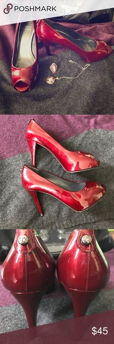 Stuart Weitzman peep toe heels Beautiful Burgundy colored heels from Stuart weitzman!! Size 51/2. In a great condition! Some cuff marks on the heel from normal wear. Very minor. The pictures are showing a lot of red, but it's dark red/Burgundy color. Patent leather material, high sheen! Stuart Weitzman Shoes Heels
