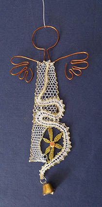 nové soutěže Hairpin Lace, Lace Jewelry, Textile Jewelry, Needle Lace, Bobbin Lace, Lace Art, Lacemaking, Dream Catcher Boho, Embroidery Techniques