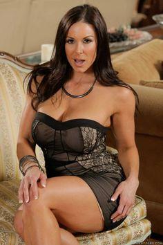 ♠ Kendra Lust #Pornstar #Milf #Sexy