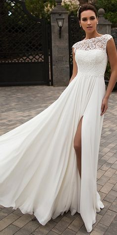 NEW! Elegant Tulle & Chiffon Bateau Neckline A-line Wedding Dress With Beaded Lace Appliques & Slit