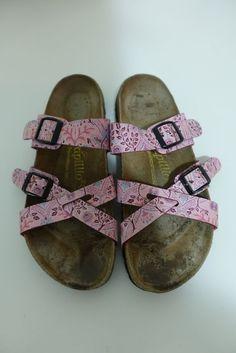 0bd7b72b00b9 Shellie DawsonSandals · Papillio Birkenstock Pink Floral Nepal Cross 2  Strap Sandle Size 245 38 7  fashion