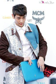 Minho (SHINee) @ MCM Candy Bag Party 13.03.29 ~  Source : http://choiminho.net/