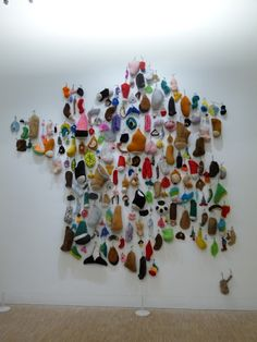 Annette Messager-Objects relating to memory Op Art, Street Art, Exhibition Display, Environmental Design, To Infinity And Beyond, Land Art, Art Plastique, Wall Sculptures, Installation Art