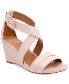 bc9bd9264babae Clarks Artisan Women s Acina Newport Sandals