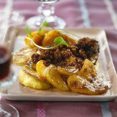 Découvrez la recette Foie gras frais de canard poêlé aux pommes sur cuisineactuelle.fr.