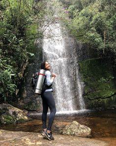 Para você que é apaixonado pela natureza não pode deixar de conhecer as trilhas de Teresópolis! Live, Bride Veil, Pro Life, In Love, Nature