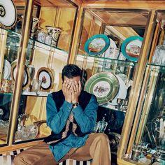 Aziz-Ansari-GQ-Style-1517-GQ-FEAA11-01.jpg