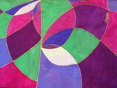 Bufanda de seda pintada a mano de la serie Utopía, por Patricia Bueso
