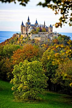 Замок Гогенцоллерн, Германия Hohenzollern castle, Germany