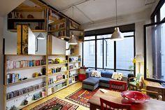 Librería pivotante