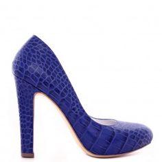 pantofi dama din piele naturala 1240 print albastru Leather Shoes, Peep Toe, Pumps, Casual, Fashion, Leather Dress Shoes, Moda, Leather Boots, Fashion Styles