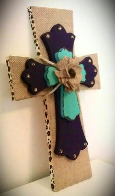 Decorative Burlap Wood Wall Cross by MadeWithLoveByLori on Etsy. Colors of my new room will be these! Cute Crafts, Crafts To Do, Arts And Crafts, Diy Crafts, Crosses Decor, Wall Crosses, Wooden Crosses, Decorative Crosses, Painted Crosses