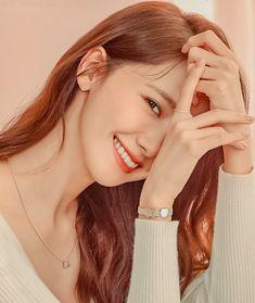Kpop Girl Groups, Kpop Girls, Instyle Magazine, Cosmopolitan Magazine, Yoona Snsd, Kim Woo Bin, Flower Boys, Korean Actresses, Korean Celebrities