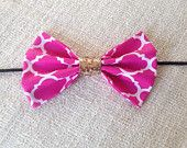 The Kate in Quatrefoil: Classic oversized hot pink quatrefoil bow with gold center detail!