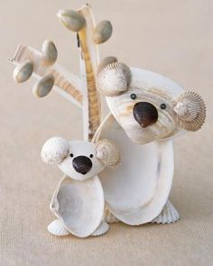 koala seashell craft - just might have to make one of these!) I finally found a koala she doesn't have! Kids Crafts, Summer Crafts For Kids, Cute Crafts, Summer Kids, Crafts To Do, Diy For Kids, Craft Projects, Arts And Crafts, Craft Ideas