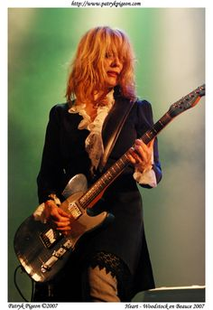 I look up to Nancy Wilson so much! One of the best female guitarists I know. Such an inspiration.