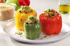 Başbaşılı Renkli Biber Dolması Tarifi Stuffed Peppers, Vegetables, Food, Bulgur, Meal, Stuffed Pepper, Essen, Vegetable Recipes, Hoods