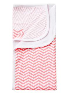 Cotton/Elastane blanket with all over zig zag yardage and white backing.