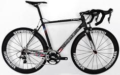 3cafbb21c9b Stradalli R7 Stars Full Carbon Road Bike. Shimano Dura Ace 9000 11 Speed.  Stradalli