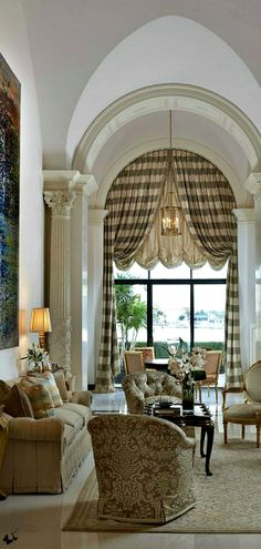 There is something about arched windows that gets me inspired. Check out these arched windows y design options and learn what works, and what doesn't. Arched Window Treatments, Treatment Rooms, Custom Window Treatments, Design Living Room, Living Rooms, Decoration Design, Design Furniture, Beautiful Interiors, Great Rooms