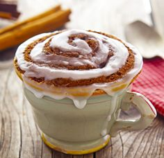 The 2-Minute Cinnamon Roll In A Mug That Takes It A Whole New Level