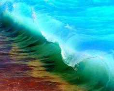 Kaihalulu Red Sand Beach, Maui, Hawaii.