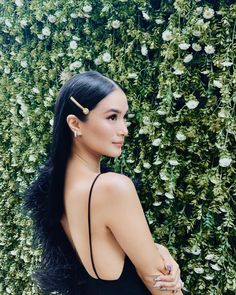 """""""Romanced by these diamond-encrusted earrings from 😍💫 I had to include them in my look for tonight's festivities. Heart Evangelista Style, Christmas Party Hairstyles, Celebrity Style Casual, Celeb Style, Filipina Beauty, Target Style, Asian Hair, Classy And Fabulous, Asian Beauty"""