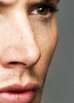 Jensen - extreme closeup :)