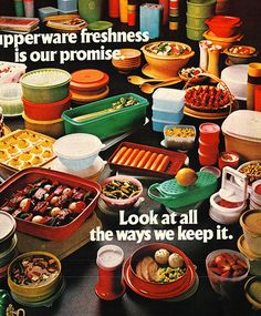 Tupperware freshness is our promise. Look at all the ways … Retro Advertising, Vintage Advertisements, Vintage Ads, Vintage Food, Retro Ads, Vintage Phones, Vintage Circus, Vintage Vogue, Vintage Images