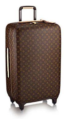 Uzak yolculuğa çıkmak isteyenlere harika bir bavul seti hediye edebilirsiniz.  #Maximiles #hediye #gift #yeniyıl #yılbaşı #yılbaşıhediyeleri #süprizhediyeler #newyear #süpriz #seyahat #gezi #travel #traveling #gezi #vacation #visiting #christmas #noel