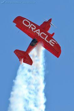 """MCAS Miramar Air Show 2012 - Sean Tucker in his """"Oracle Challenger"""""""
