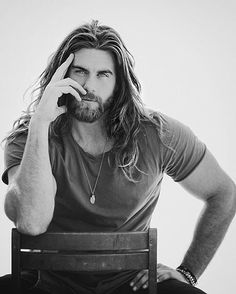 Something about guys with long hair and scruff. Hairy Men, Bearded Men, Brock Ohurn, Hair And Beard Styles, Long Hair Styles, Male Beauty, Gorgeous Men, Hot Guys, Eye Candy