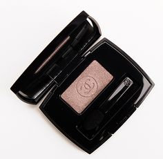 Chanel Gri-Gri (101) eyeshadow - such beautiful colour and the perfect amount of shimmer. Great for a lighter but still sexy version of a smoky eye.