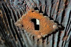 Rusty Keyhole by carloslorenzo