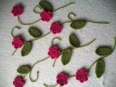 Pembe örgü çiçekler