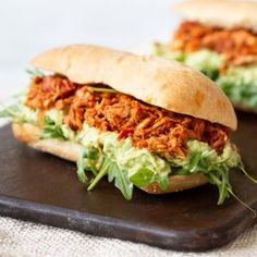 Pulled Chicken, Pulled Pork, Boys Food, Guacamole, Pasta, Mini Muffins, High Tea, Salmon Burgers, A Food