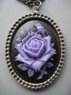 Purple flower Cameo